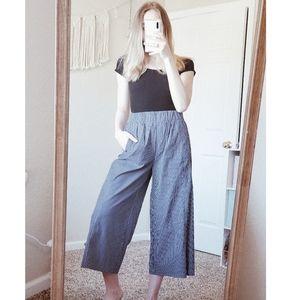 ZARA WOMAN Blue Striped Wide Leg Cropped Pants S